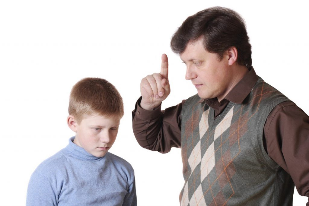 Як зі здорової дитини зробити інваліда?