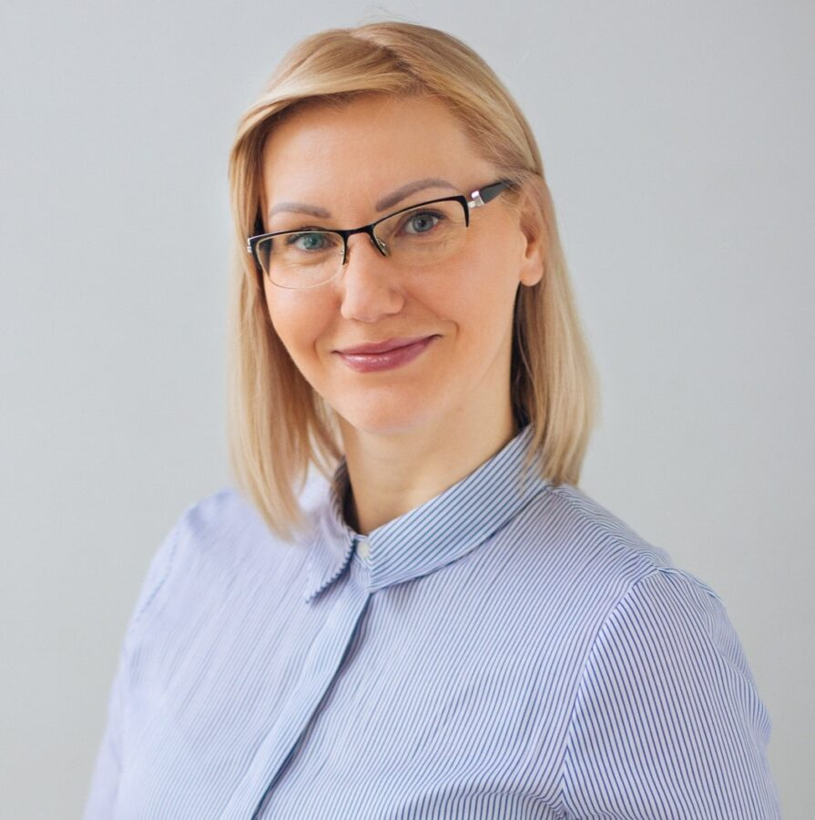 Олена Владовська