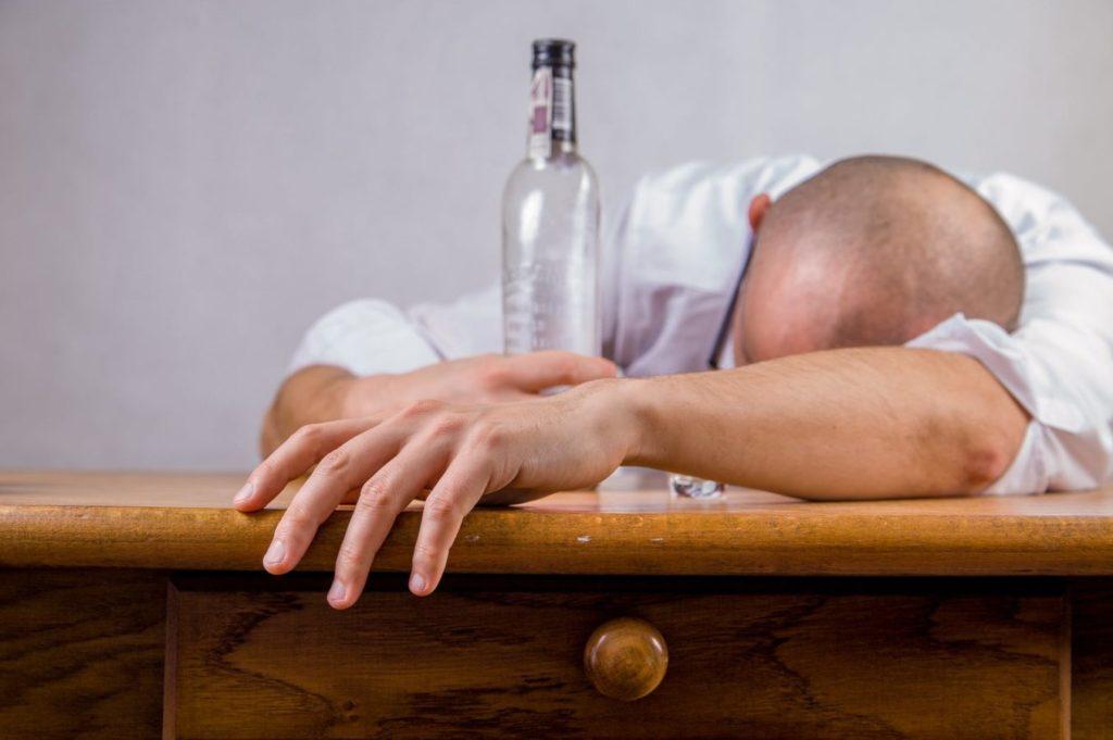 Як алкоголь впливає на внутрішні органи людини?