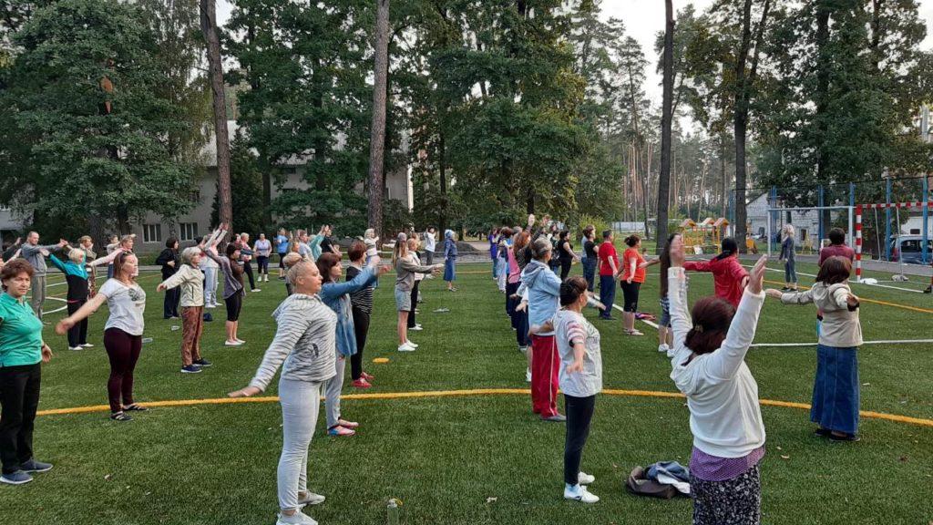 Фитнес тренировка на медицинской конференции